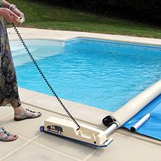 Enrouleur couvertures à barre pour piscine